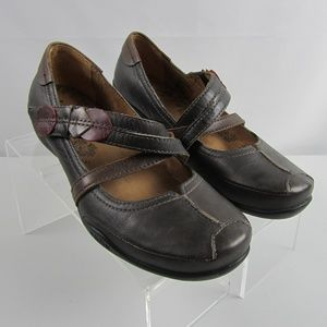 Taos Jigsaw Size 10 Brown Leather Mary Jane Shoes